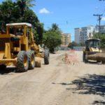 De volta à ativa: Intervenção, paralisada desde outubro, causava problemas por conta da poeira (Foto: Divulgação PMR/Carina Rocha)