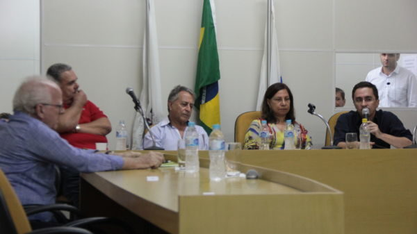 Audiência: Ednardo fala sobre transporte coletivo em Pinheiral