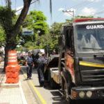 Guarda fez operação na Avenida Nelson Gonçalves, perto da rodoviária, em Volta Redonda (foto: Julio Amaral)