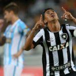 Rodrigo Lindoso abriu o placar para o Botafogo, no Estádio Nilton Santos (Foto: Vitor Silva / SS Press / Botafogo)