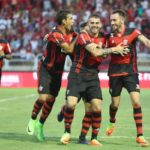 Jogador do Flamengo comemoram o gol marcado por Mancuello (Foto: Gilvan de Souza / Flamengo)