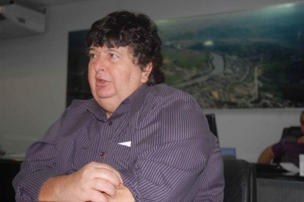 Em pauta: Contas de Neto geram pressão política sobre vereadores