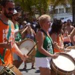 Na rua: Sábado foi marcado pelo sucesso do encontro de blocos na Praça da Bandeira, em Campos Elíseos (Foto: Divulgação)