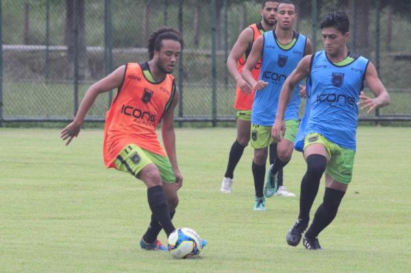 Volta Redonda tem de bater o Vasco para continuar sonhando com a vaga (Paulo Dimas)