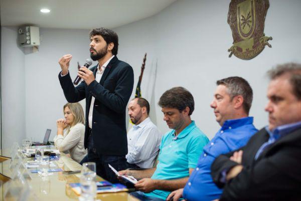 Samuca Silva destaca que área da Saúde é prioridade em seu governo (foto; Gabriel Borges - PMVR)