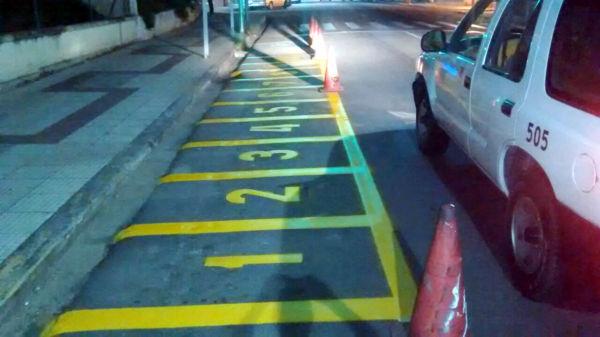 Pontos de táxi trocaram de lado na Amaral Peixoto e alguns foram para as ruas transversais (foto: PMVR)