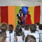 Valores: Projeto consiste na exibição de filmes e apresentações teatrais a fim de trabalhar a cidadania de alunos de diversas faixas etárias (Foto: Dorinha Lopes/Ascom PMPR)