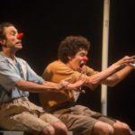 '2 Homens e 1 Dinheiro': Dramaturgia é contada através da linguagem do palhaço e da narrativa física (Foto: Divulgação)
