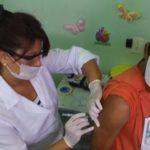 Na zona urbana: Cidadãos que se encaixam no perfil recomendado para receberem a vacina podem se dirigir aos postos de saúde (Foto: Divulgação/ Ascom PMR)