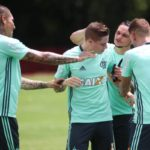 Flamengo treina em ritmo descontraído para segunda rodada da Libertadores
