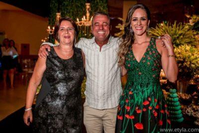 José Roberto Amaral, com a sogra Maria Cristina Carraro e sua amada, Chris Carraro