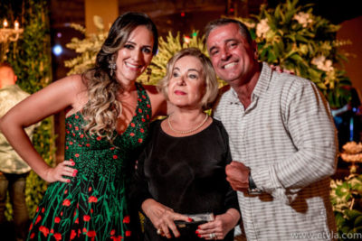 José Roberto Amaral, com Chris Carraro e sua mãe, Aparecida Lobo Amaral