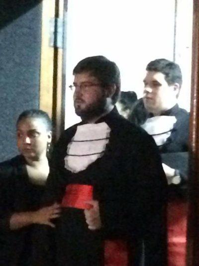 Daniel Costa, integrando a turma de formandos em Direito pela Universidade Cândido Mendes