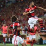 Diego abriu o caminho da goleada no Maracanã (Foto: Flamengo.com.br)