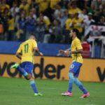 Neymar e Coutinho foram os grandes nomes do Brasil nesta terça-feira (Foto: Divulgação)