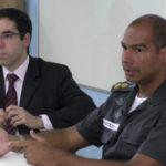 Social: Iniciativa é idealizada pelo comandante do 37º Batalhão da Polícia Militar, Rogério Jackes da Silva (à direita) (Foto: Divulgação PMR)