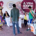 Mais informação: Equipe do Centro de Doenças Infecciosas e alunos de cursos de enfermagem e técnicos de enfermagem informaram a população sobre a doença (Yuri Melo/Ascom PMVR)