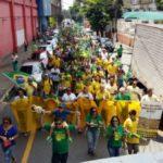 Diversas pessoas foram às ruas para apoiar a Lava Jato (Foto: Divulgação)