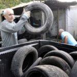 27-04-17- Retirada de Pneus em Terreno na Boicaininha- Paulo Dimas (4)