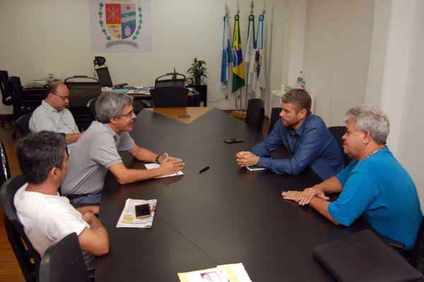 Apoio: Drable frisou que a ajuda do deputado Luiz Sérgio será essencial para o desenvolvimento da cidade (Foto: Chico de Assis/PMBM)