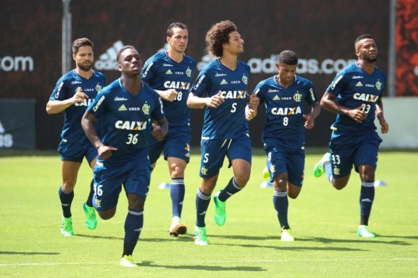 Flamengo quer continuar brigando na parte de cima da tabela