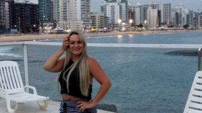 A empresária Geisa Rodrigues Moreira, inaugura o Bahamas