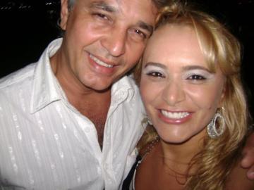 A empresária Geisa Rodrigues Moreira e seu amado, Fernando Golono, inauguram hoje o Bahamas