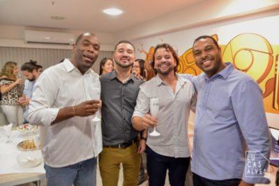 Rafael de Carvalho Neto e Whilder Mendonça recebendo Gilson Oliveira e Giliade Lima da DUO Instrumental