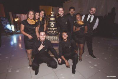 A equipe Magic Photos, comemorando