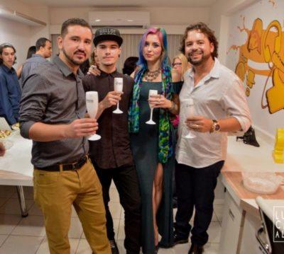 Rafael de Carvalho Neto, o YouTuber Adam Marcos, Kalina de Carvalho e Whilder Mendonça