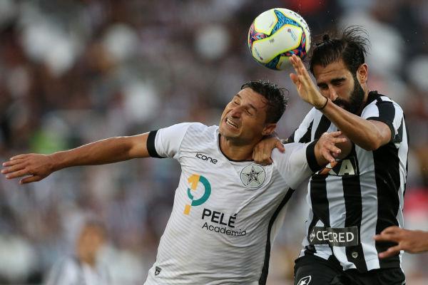 Valente: Resende lutou até o final mas terá que enfrentar seletiva que vai definir os rebaixados do campeonato (Foto: Vítor Silva/SSPress/Botafogo)