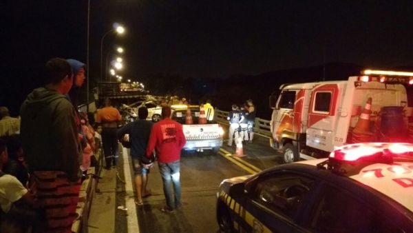 Fatal: Acidente envolvendo caminhão e um carro deixou mulher morta