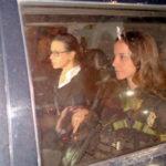 Ex-primeira-dama: Adriana Ancelmo quando foi libertada para cumprir prisão domiciliar em sua casa no Leblon (Vladimir Platonow/Arquivo/Agência Brasil)