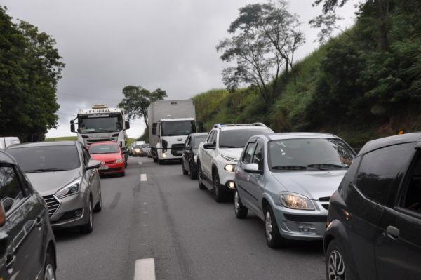 congestionamento dutra -Franciele Bueno (4)