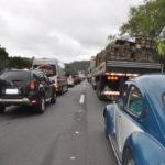 Congestionamento chegou a 14 quilômetros no sentido Rio e 10  quilômetros no sentido São Paulo(Fotos: Franciele Bueno)