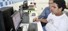 Escola Dayse Mansur e Apae-VR ganham salas de informática