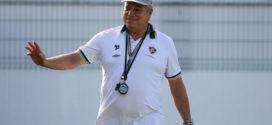 Fluminense busca primeira vitória diante do Cruzeiro
