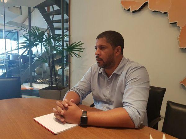 Diretoria: Em seu primeiro mês, Alexandre Martins ressaltou a importância de se ter um bom relacionamento com autoridades e empresários (Foto: Divulgação)