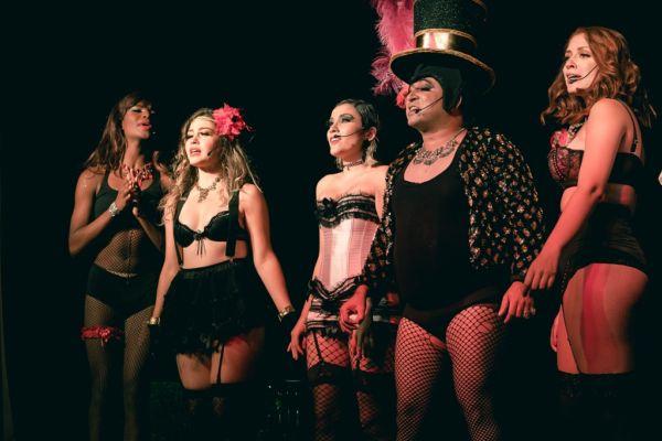 'Cabaret Rouge': Espetáculo tem como pano de fundo para sua inspiração os clássicos 'Moulin Rouge', 'Cabaret', 'Burlesque' e 'Chicago' (Fotos: Divulgação)