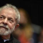 Lula foi condenado por Moro a pouco mais de nove anos de cadeia