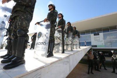 Brasília - Segurança é reforçada no Palácio do Planalto (Valter Campanato/Agência Brasil)