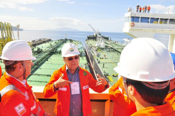 Operação foi feita no Terminal da Baía da Ilha Grande, em Angra dos Res