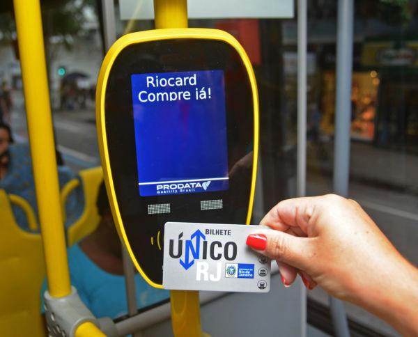 , cerca de 22% dos beneficiários do Bilhete Único Intermunicipal realizaram o cadastro da declaração de renda mensal (foto: Henrique Freire - governo do estado)