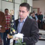 Em mãos: Prefeito Ednardo Barbosa recebeu a imagem peregrina de Nossa Senhora Aparecida (Foto: Divulgação/ Ascom PMP)