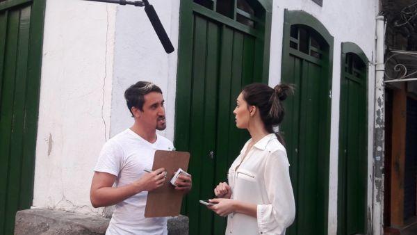 Ação: Maykon gravando o primeiro episódio com a convidada Gabriele Villela, Miss Rio de Janeiro