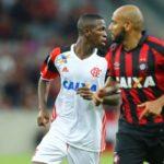 Joia rubro-negra: Já acertado com o Real Madrid, Vinícius Júnior entrou no segundo tempo na equipe do Flamengo e mostrou boa movimentação (Staff Images / Flamengo)