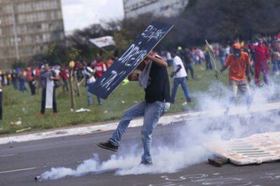 Centrais sindicais realizaram manifestação em Brasília