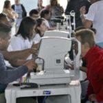 Exames de vista: Ação veio para Barra Mansa depois da intervenção do deputado Gotardo Netto (Foto: Paulo Dimas/Ascom PMBM)