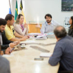 Samuca conversa com sindicato dos servidores públicos (foto: Gabriel Borges - PMVR)