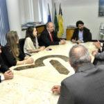 Visita:  Representantes da OAB conversam com o prefeito Samuca Silva